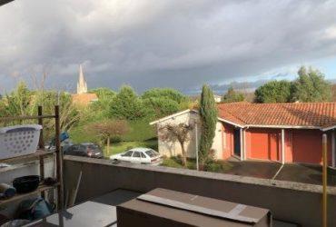 T2 bis de 59 m² Genissac avec terrasse, piscine et parkings #T2 bis Genissac